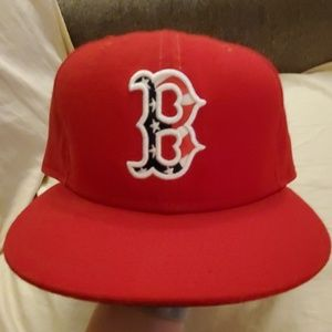 🚨Updated pix of Boston Red Sox fitted cap